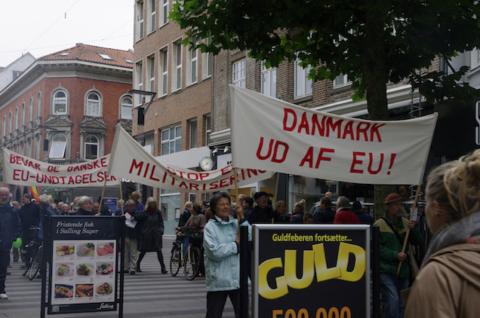 demo_stroeget_danish