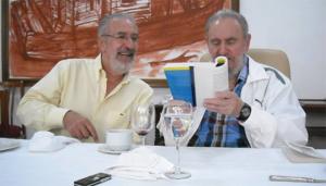 Atilio Boron con Fidel Castro