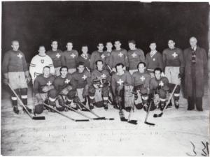 Marzo 1950, Wembley, Londra. La nazionale svizzera batte 10 a 3 l'Inghilterra. Fra le sua fila, Reto Delnon. © ATP Bilderdienst, Zürich